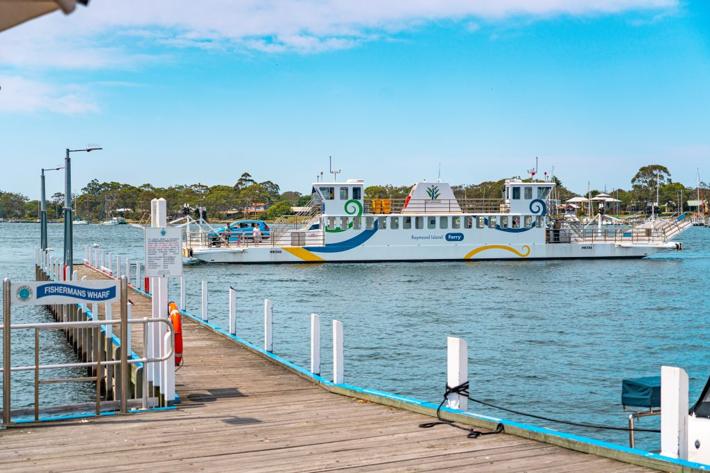Raymond Island Ferry