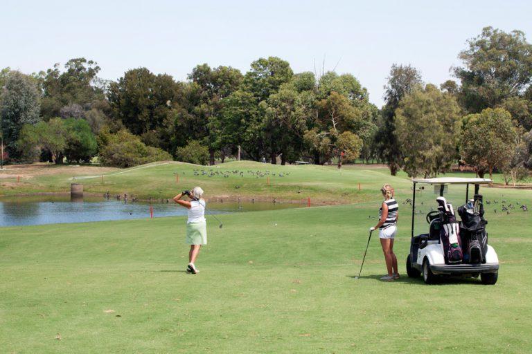 Golf, murray river, yarrawonga, mulwala