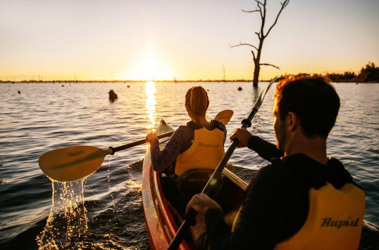 Kayaking on Lake Mulwala